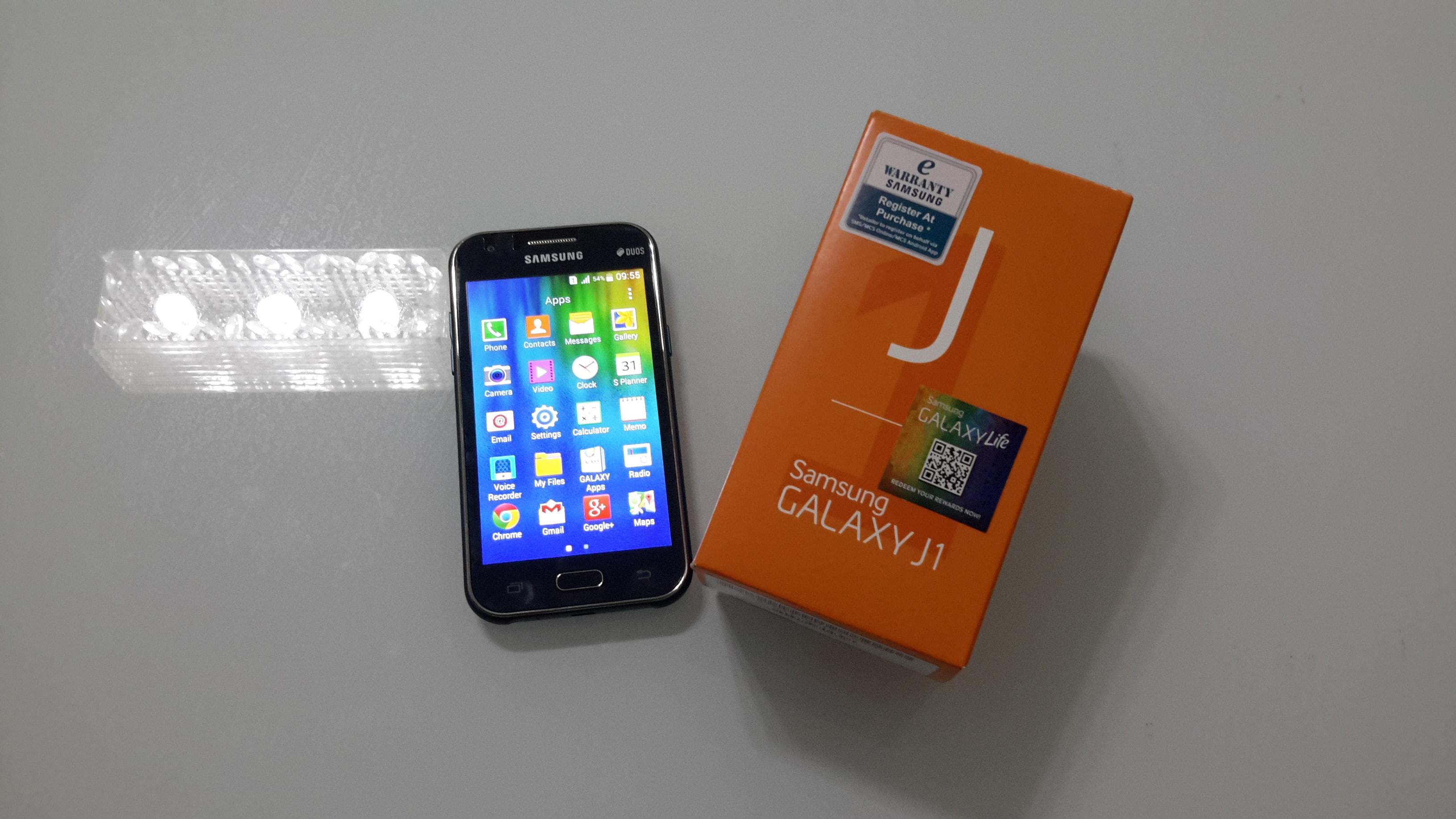 Samsung Galaxy J1 Kutu Resmi Min Kisiyorumlari